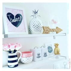 Handwritten J'adore I Marble background print looks lovely in this white kitchen.
