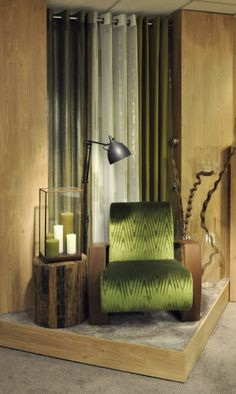 DECORATIVE DISPLAY ELEMENTS IN KOBE. CHAIR BY MONTBEL @Montbel