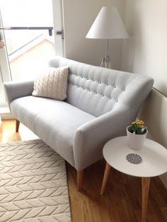 Quentin 2-Sitzer-Sofa in Eisblau - MADE.COM   MADE.COM