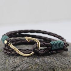 Contrast Hook Leather Wrap Bracelet In Black