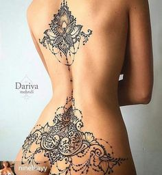 back and lower back tattoo henna Hot Tattoos, Body Art Tattoos, Girl Tattoos, Sleeve Tattoos, Tattoos For Women, Tatoos, Tattooed Women, Mehndi Tattoo, Lace Tattoo