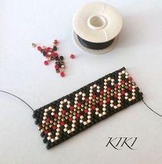 In progress Beaded Bracelet Patterns, Peyote Patterns, Beading Patterns, Beaded Rings, Beaded Jewelry, Beaded Bracelets, Tutorials, Bracelets, Necklaces