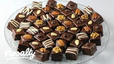 Dominosteine   Nosalty Candy, Chocolate, Food, Essen, Chocolates, Meals, Sweets, Candy Bars, Brown