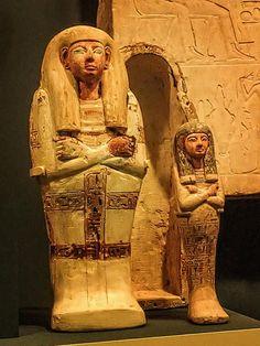 Ushabti with coffin Egypt 1292-1190 BCE | von mharrsch