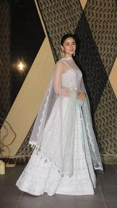 Diwali Dresses, Pakistani Dresses, Indian Dresses, Lehenga Designs, Indian Attire, Indian Ethnic Wear, Indian Wedding Outfits, Indian Outfits, Indian Designer Outfits