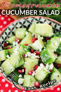 Cucumbers and dill = healthy   delicious! Add in some pomegranates and you have a beautiful fresh POMEGRANATE CUCUMBER SALAD. This side recipe is bound to be a hit in your house! #heathysalad #cucumbersalad #pomegranatesalad #saladrecipe #summersalad #christmassalad Summer Salad Recipes, Healthy Salad Recipes, Summer Salads, Healthy Pastas, Healthy Eating Habits, Clean Eating Recipes, Cucumber Salad, Cucumber Canning, Pomegranate Salad