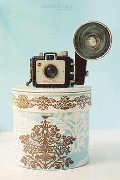 Collecting classic camera is basically a entertaining way to acquire understanding of background and images. Despite the fact that lots of people are improving to really contradictory, film cameras are not old enough for consideration archaic
