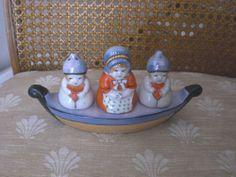 Vintage Lusterware Woman & Children Condiment Set Salt & Pepper Shakers Japan