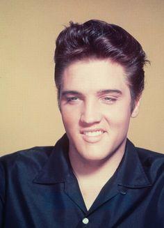 Elvis Presley 1957   ... with 102 notes elvis elvis presley jailhouse rock publicity still 1957