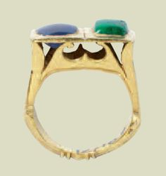 Gold ring set with sapphire and emerald  3rd century