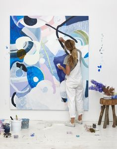 What is Your Painting Style? How do you find your own painting style? What is your painting style? Painting Inspiration, Art Inspo, Studios D'art, Tableau Pop Art, Art Design, Artist At Work, Painting & Drawing, Blue Painting, Painting Lessons