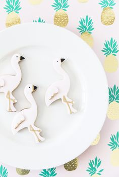 I've always been obsessed with making sugar cookies. We're talking all the way back to the 90s when I would bake with my mom! It's taken me the longest time to find the perfect sugar cookie that would hold its shape and not spread out like a pancake on the pan. Isn't that the …