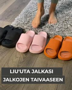 Soft Slippers, Sore Feet, Take Off Your Shoes, Slip And Fall, Things To Buy, Comfortable Shoes, Casual Shoes, Ciabatta, Fashion Shoes