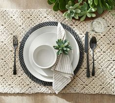 Crafted of naturally sturdy and beautiful rattan, the Tava Flat Round Charger is the perfect backdrop for white or colorful dinnerware. Table Place Settings, Everyday Table Settings, Buffet Table Settings, Round Table Settings, Setting Table, Dinner Table, A Table, Table Runners, Pottery Barn