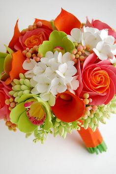 http://dkdesignshawaii.blogspot.com/search/label/DK%20Designs%20and%20clay%20flower%20bouquets Love color!!
