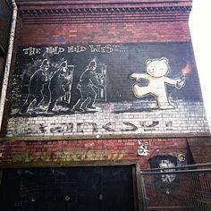 Looking for #Banksy #graffiti at #Bristol #worldplaces #world_places #world_shots #world_shotz ##beautifulplaces #worldcaptures #wonderful_places #worldtravelbook #wonderful_shots #webstagram #wonderlust #wanderlust #wonderlust #beautifuldestinations #ins