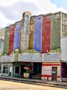 The old Ritz Theatre in Natchez, Mississippi. This photo was taken in 2002. I heard this place may have been turned into an antique store.