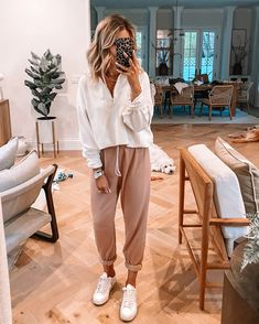 Stylish Winter Outfits, Cute Comfy Outfits, Simple Outfits, Chic Outfits, Spring Outfits, Fashion Outfits, Comfy Clothes, Boho Fashion Summer, Cute Fashion