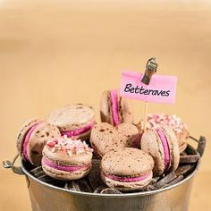 Beetroot macarons (in french)