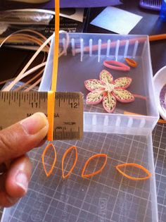 Rachielle's Quilling: techniques good techniques at this web site