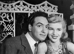 محمد فوزى ومعجبة امريكية / اوائل الخمسينات :)