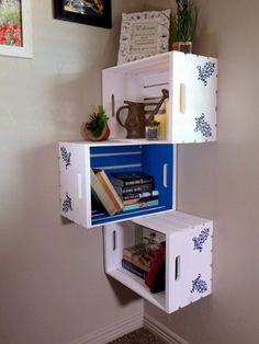 Diy wood crate shelves projects to calm the clutter effectively 20 Wood Crate Shelves, Wood Crates, Diy Home Decor, Room Decor, Regal Design, Crate Furniture, Corner House, Diy Holz, Wooden Projects