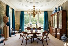 A Colonial Revival Residence in California Provides the Perfect Homebase for a Young Family | Architectural Digest Architectural Digest, Dining Room Walls, Dining Room Design, Home Decoracion, California Homes, Sunny California, Decoration, House Design, Garden Design