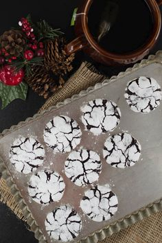 christmas crinkles: https://recepty.rohlik.cz/987-cokoladove-crinkles