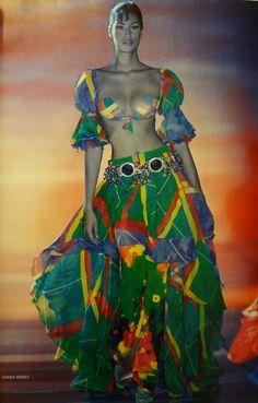 Yasmeen Ghauri - Gianni Versace Runway Show  1993