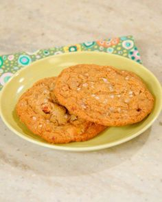 Salty and Sweet Desserts // Salty Butterscotch-Toffee Cookies Recipe