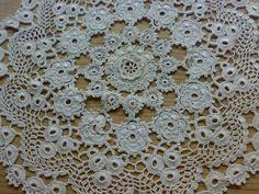 Crochet Potholders, Crochet Doilies, Crochet Flowers, Crochet Lace, Filet Crochet, Irish Crochet, Crochet Flower Tutorial, Mandala, Blanket