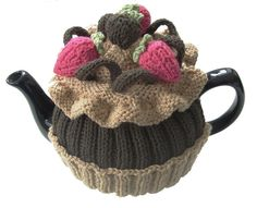 Knitted chocolate cupcake tea cozy