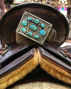 1960's Vintage Navajo Turquoise Buckle. Great with jeans and a white t-shirt! #kemosabe #cowgirls #saddle #westernchic Western Belt Buckles, Western Belts, Western Jewelry, Vintage Jewelry, Vintage Turquoise, Turquoise Jewelry, Turquoise Bracelet, Western Chic, Western Wear