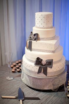 Rhinestone Wedding Cake, Gray & White Wedding