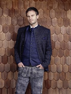 Sakko in blau-gemustert, Gilet marine - kombiniert mit Lederhose Elegant, Fit, Prepping, Fashion, Trousers, Kleding, Thanks, Search, Classy
