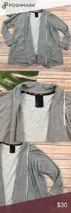 Dolan light gray raw edge open front sweater Dolan Anthropologie gray open front cardigan, size S. It is free from any rips or stains. It measures about 49 inches around the bust and is about 27 inches long. Anthropologie Sweaters Cardigans