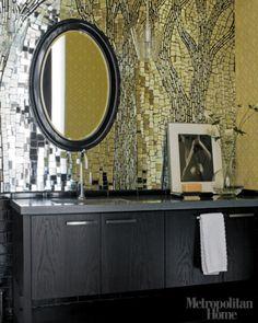 Bathroom backsplash mosaic from recycled mirrors Mirror Backsplash, Mosaic Backsplash, Mirror Mosaic, Mirror Tiles, Diy Mirror, Mosaic Glass, Stained Glass, Mosaic Art, Bathroom Splashback