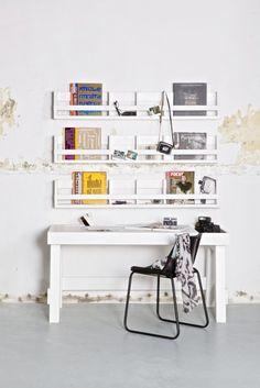 #werkplek #inrichten? Lees deze 4 tips in mijn #woonblog!  #wooninspiratie #wonen #interieur