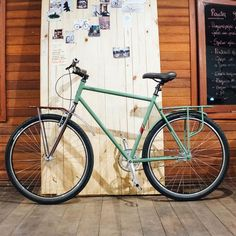 Este projeto Spino LAB foi desenvolvido para uma das modalidades que mais cresce no ciclismo brasileiro: Bike Touring.      Ao viajar distâncias acima de 100km/dia com cargas muitas vezes acima de 20kg, é necessário uma bicicleta com estrutura compatível: bagageiros leves e resistentes e uma bicicleta confortável e de boa performance. Esse é o principal desafio na construção de bicicletas para viagens de longa distância, exigindo planejamento e uma boa dose de criatividade. Após acompanh...