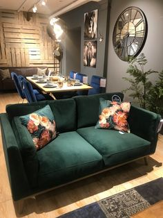 Arighi Bianchi Visit — Northern Styling - You are in the right place about House design on - Living Room Green, New Living Room, Living Room Decor, Living Room Sofa Design, Living Room Designs, Diy Furniture Couch, Living Room Inspiration, Home Interior Design, Interior Designing