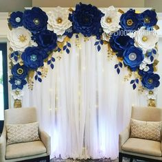 * CLOSER LOOK * # FlowerWall set from last weekend Lovin & # flower backdrop Woodland Wedding Ideas Trend 2019 Quinceanera Decorations, Quinceanera Party, Quince Decorations, Baby Shower Decorations, Royal Blue Wedding Decorations, Birthday Decorations, Flower Wall, Event Decor, Paper Flowers