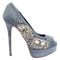I'm head over heels for these shoes--love them!