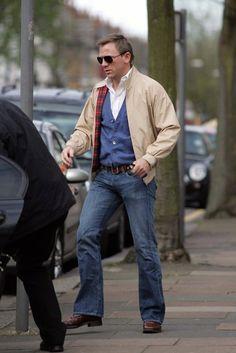 Daniel Craig wearing a baracuta G9. Dude is trying too hard to be like Steve Mcqueen.