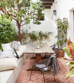 Get a sneak peek of actress Shay Mitchell's new Moroccan-inspired patio.