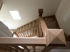 Single winder Oak staircase, complete with bullnose step. A classical staircase with clean lines.