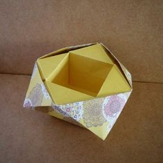 April 29th 2015 Origami bowl I made yesterday. #origami #bowl #box #pattern #diy #craft #handmade #paper #folding #119