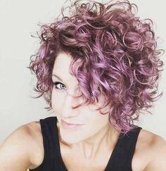 Bilderesultat for curly short hair