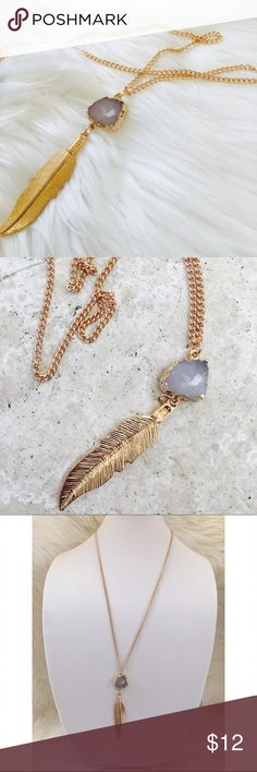 "Gold 28"" long chain necklace leaf faux quartz Gold necklace 28"" long chain with gilded edge faux quartz ✨ adjustable chain clasp closure ✨ pretty leaf pendant ✨ brand new Hype Jewelry Necklaces"