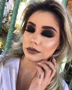 Tips for Best Winter Makeup Looks You Must Consider Makeup Goals, Makeup Inspo, Makeup Inspiration, Makeup Tips, Beauty Makeup, Makeup Ideas, Glam Makeup Look, Goth Makeup, Hair Makeup