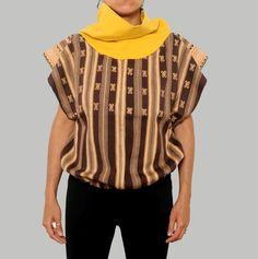 Malacate es un taller experimental textil que se dedica a la producción y difusión de artesanía textil hecho en telar de cintura por mujeres tejedoras de Los Altos de Chiapas.